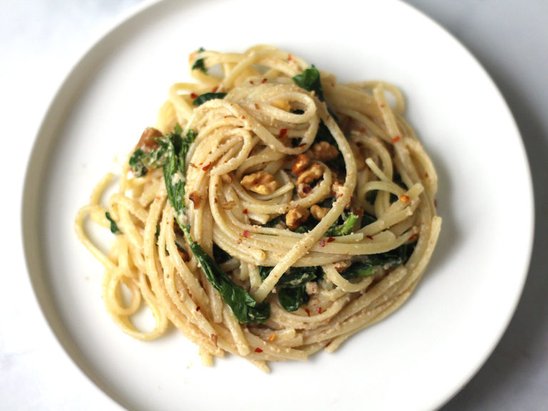 Linguine with Wilted Spinach and Walnut Sauce